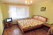 Челябинск, Кирова, 15а - квартира посуточно